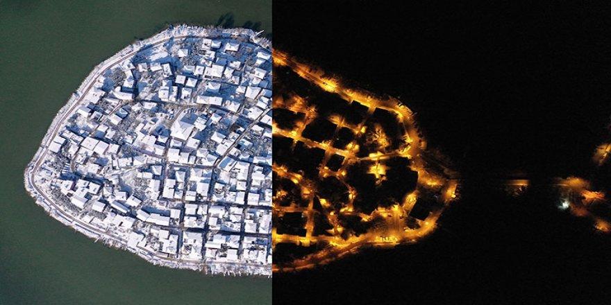 'Osmanlı payitahtı'ndaki tarihi mekanlar gece ve gündüz karla ayrı güzel