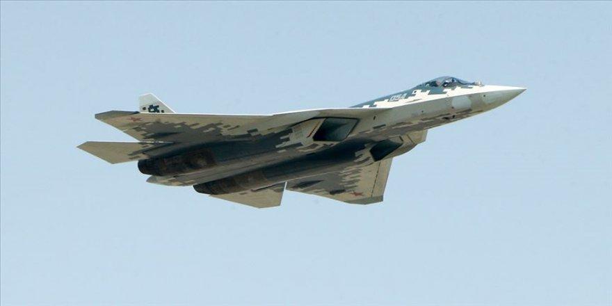 Rusya'nın ilk seri üretim Su-57'si ülkenin güneyine konuşlandırıldı
