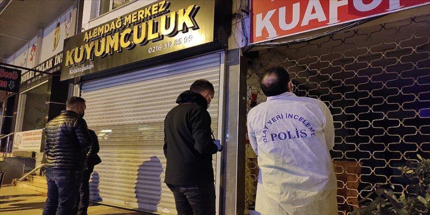 Çekmeköy'de kuyumcuyu soyan şüpheli yakalandı