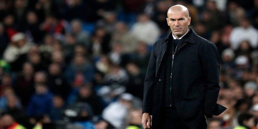 Real Madrid Teknik Direktörü Zidane'ın Kovid-19 testi pozitif çıktı