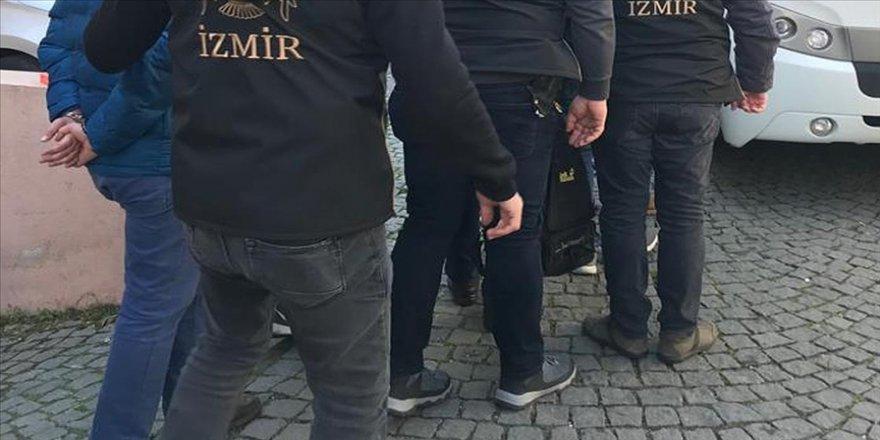 FETÖ'nün TSK yapılanmasına yönelik İzmir merkezli operasyonda tutuklu sayısı 111'e yükseldi