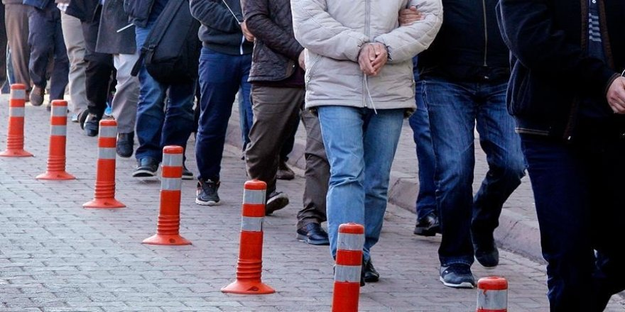 İstanbul merkezli 12 ilde uluslararası göçmen kaçakçılığı operasyonu: 72 gözaltı