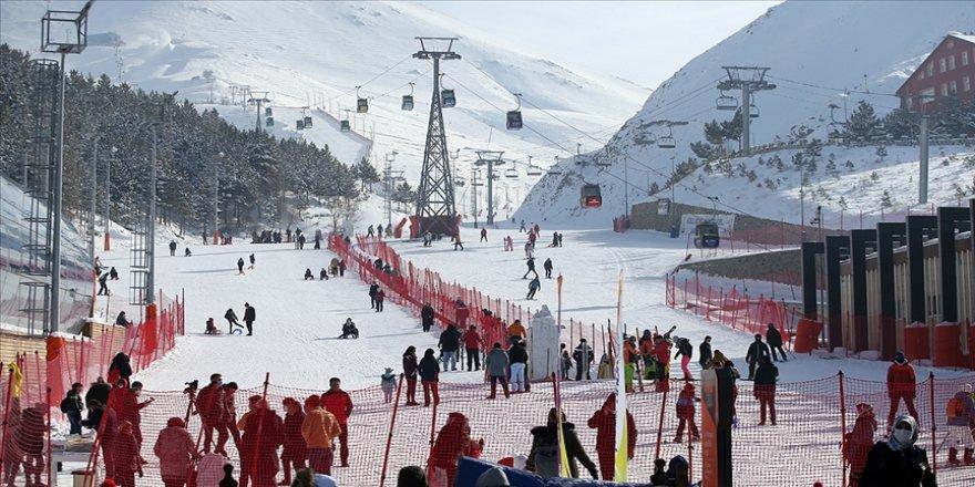 'Kış turizminin parlayan kenti' yarıyıl tatili için konuklarını bekliyor