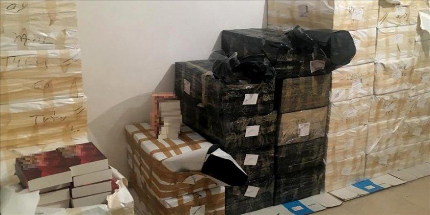 İstanbul'da 11 bin 500 korsan kitaba el konuldu