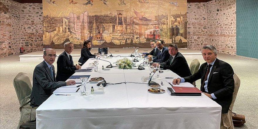 İngiltere Türkiye ile Yunanistan arasında istikşafi görüşmelerin yeniden başlamasından memnun