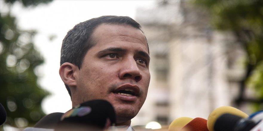 Venezuela'da muhalif lider Guaido, 15 yıl boyunca kamu görevlerinden men edildi