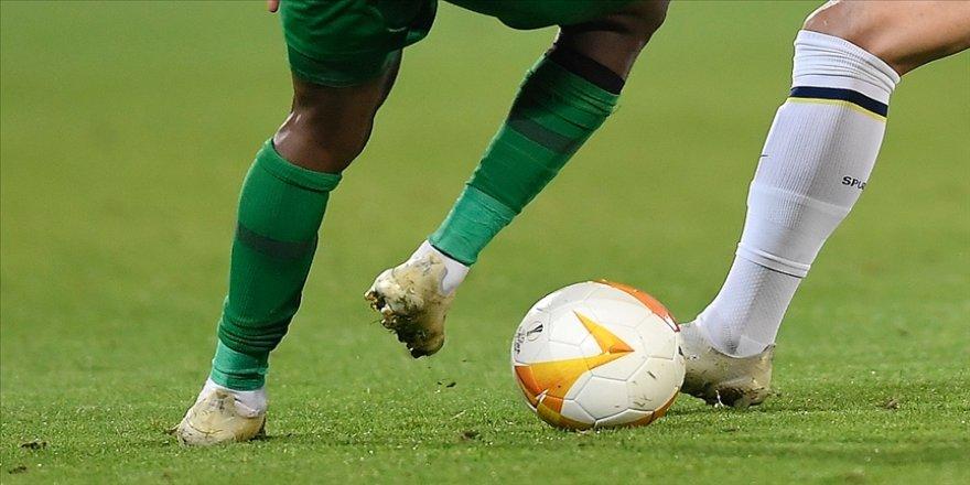 UEFA Avrupa Ligi'nde son 16 turuna yükselen ilk takım Tottenham oldu
