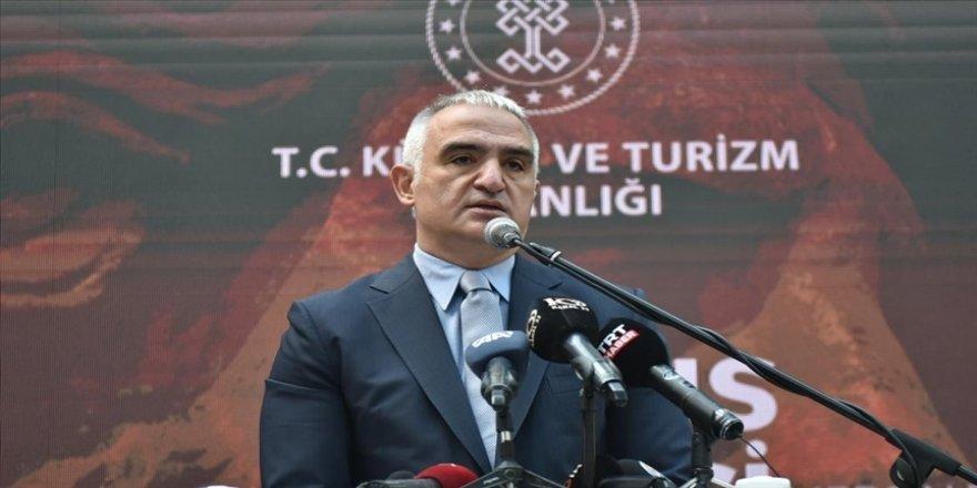 Bakan Ersoy: Restorasyonu tamamlanan tarihi Atlas Sineması kapılarını açacak