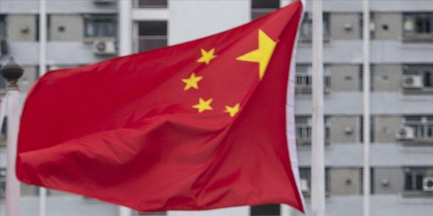 Çin ABD'li diplomatlara rektal sürüntü ile Kovid-19 testi uygulandığı iddiasını reddetti