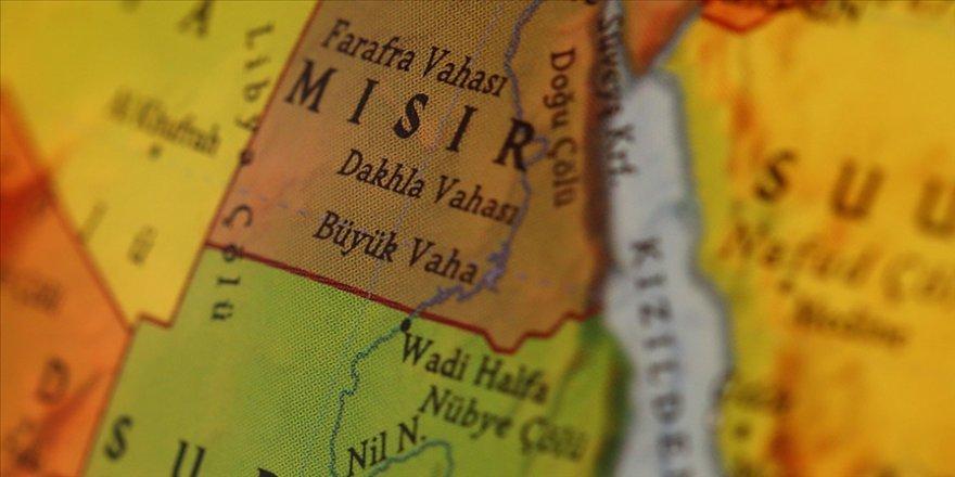 Mısır, Doğu Akdeniz ve Süveyş Kanalı'ndaki nüfuzunu zayıflatacak hamlelere karşı diplomatik atağa geçti