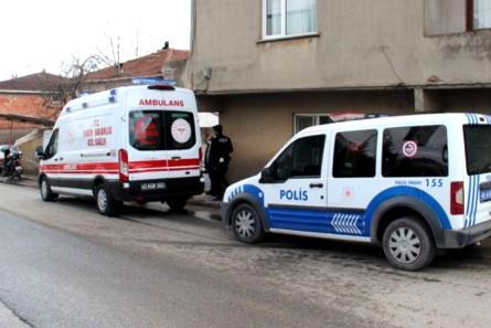Sultan Orhan Mahallesi'nde yalnız yaşayan adam evinde ölü olarak bulundu