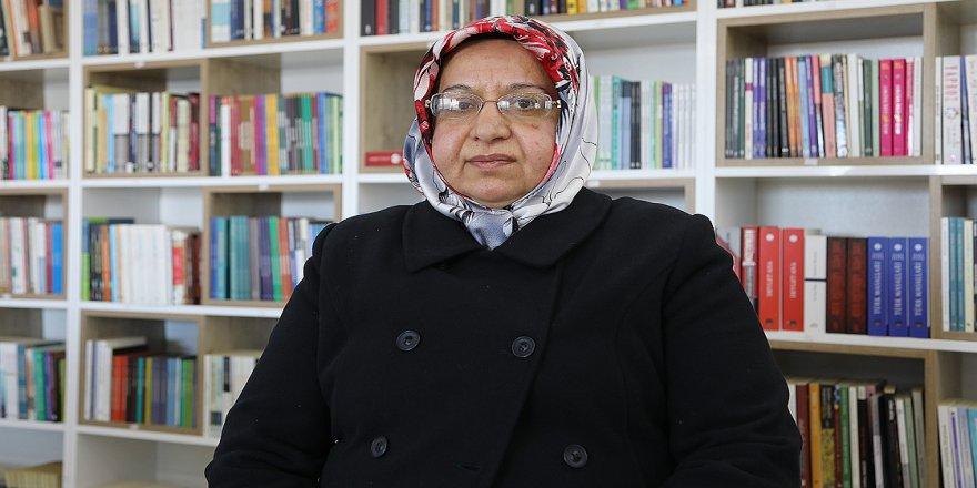 Fatma öğretmen öğrencilerinden ayrı geçen 13 yılı unutmuyor