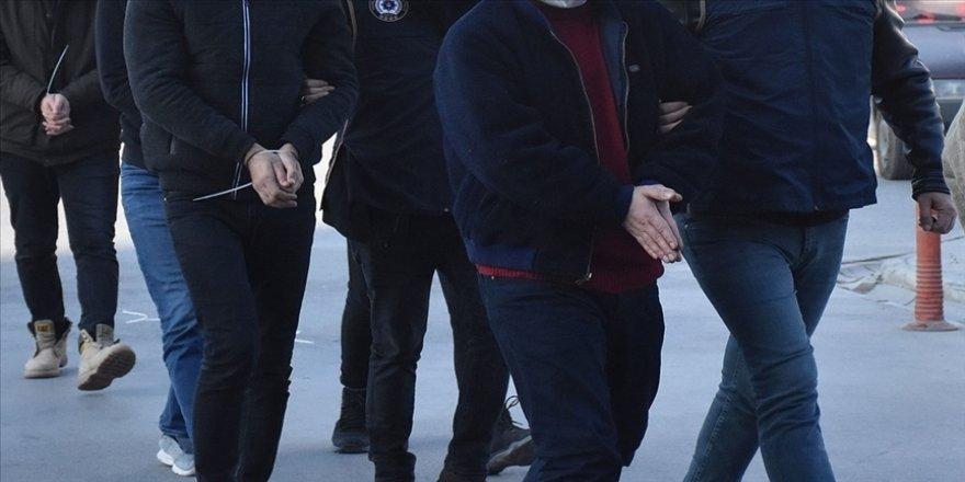 FETÖ'nün TSK yapılanmasına yönelik İzmir merkezli operasyonda 36 şüpheli tutuklandı