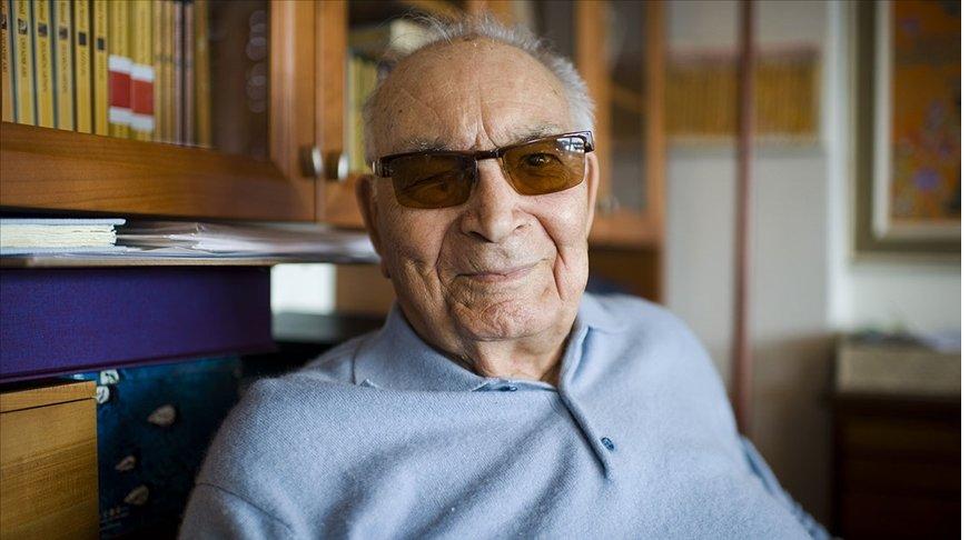 Türk edebiyatının çınarı Yaşar Kemal