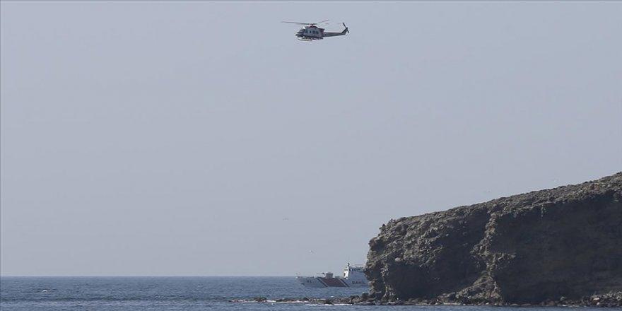 MSB'den Gökçeada açıklarında batan teknede kaybolan 2 kişiyi arama çalışmalarına destek
