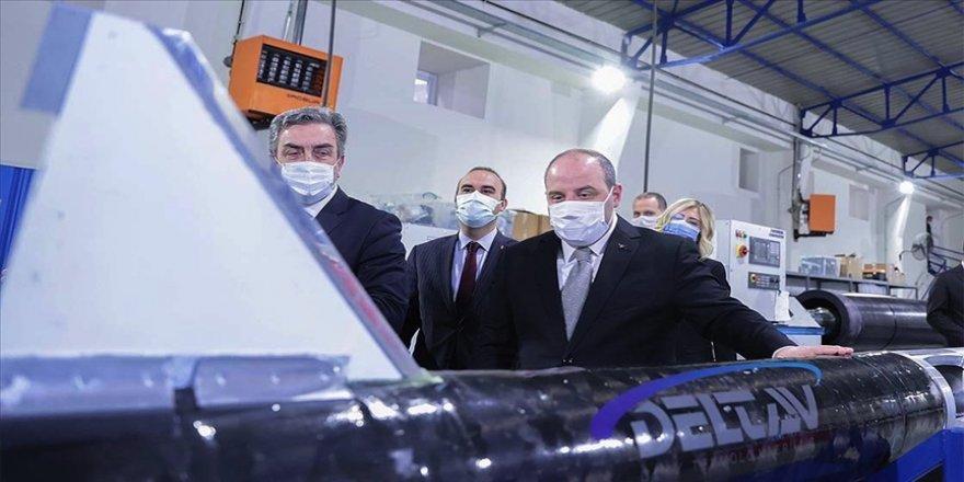 Bakan Varank: Delta V'den Ay misyonunda uzayda kendi ateşlememizi yapacak motorları geliştirmelerini bekliyoruz