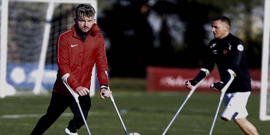 Ampute Milli Futbol Takımı'nın forveti Ömer Güleryüz şampiyonluk hakkında iddialı konuştu