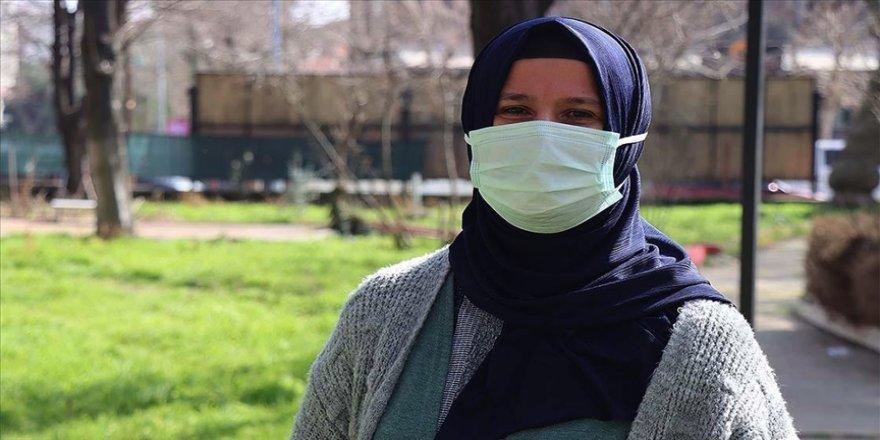 Meslekten ihraç edilen Nuriye hemşire 13 yıl sonra göreve dönebildi
