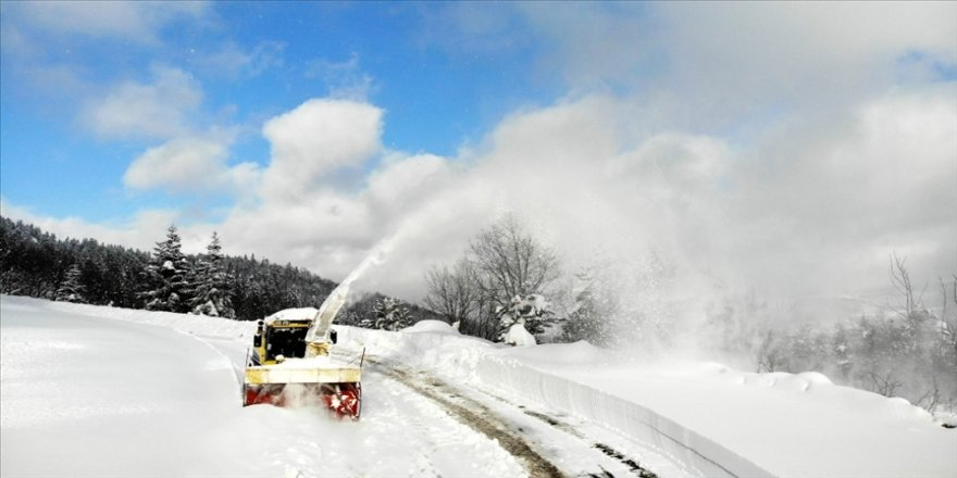 Kastamonu'nun 'kar savaşçıları' bu kışı yoğun geçirdi