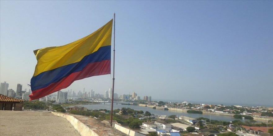 Kolombiya, Kovid-19 nedeniyle kapalı kara sınırlarının süresini 1 Haziran'a kadar uzattı