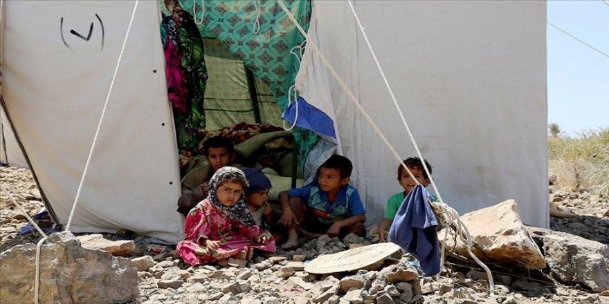 Yemen'in Marib vilayetindeki çatışmalar nedeniyle üç haftada 14 bin kişi evini terk etti