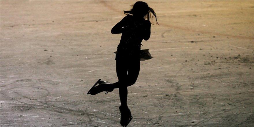 Milli buz patenciler Sofya'da takım halinde birinci oldu