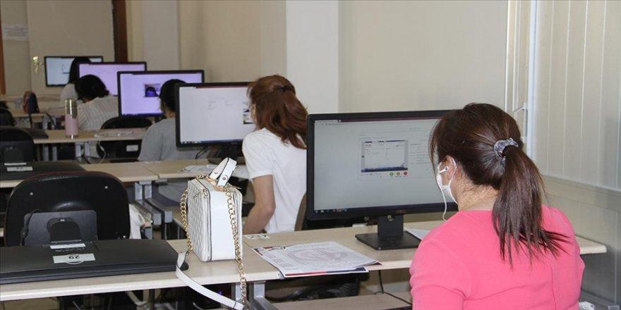 Yabancı üniversite öğrenci sayısında hedef 200 bini aşmak