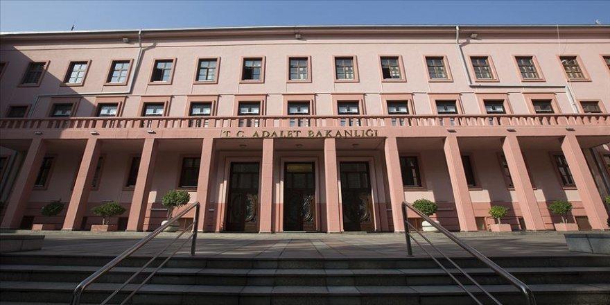Adalet Bakanlığının 1442 yeni personel alımı ilanı Resmi Gazete'de yayımlandı