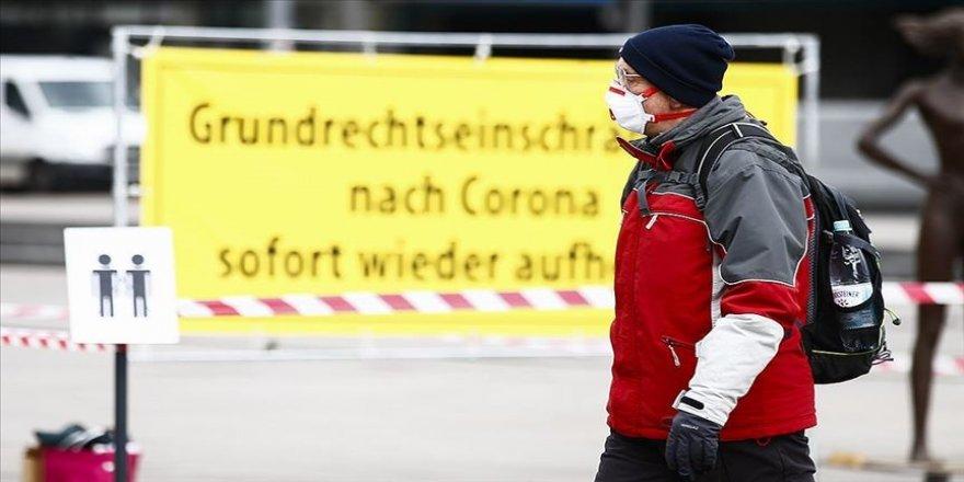 Almanya'da Kovid-19 salgınıyla mücadele tedbirlerinin süresi 28 Mart'a kadar uzatıldı