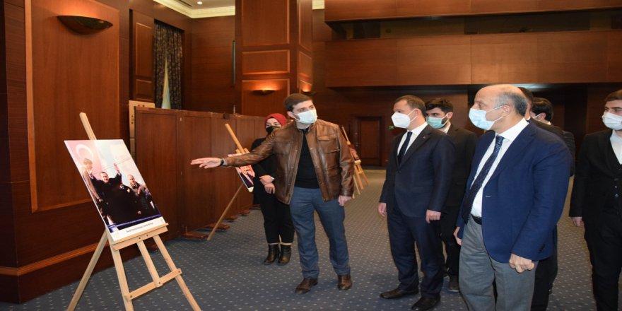 AK Parti'li gençlerden, Cumhurbaşkanı Erdoğan için 'milletine adanmış bir ömür' temalı fotoğraf sergisi