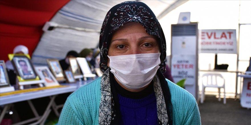 Anne Nihal Çiftçi: HDP oğlumu getirmeden buradan gitmeyeceğim