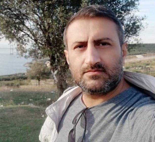 Gebze Süleyman Demirel Anadolu Lisesi'nde görevli öğretmen hayatını kaybetti.