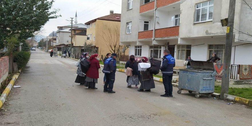 Bohçacılar ilçeden sınır dışı edildi
