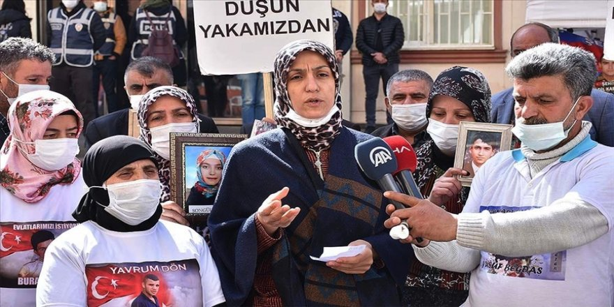 Diyarbakır annelerinden Özel'in açıklamalarına tepki: Bir buçuk yıldır annelerin, babaların feryatlarını görmediniz