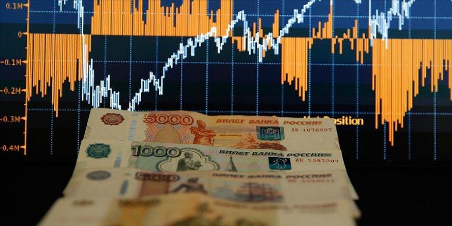 Rusya'da fiyat artışlarını frenlemek için piyasa sürekli takip edilecek