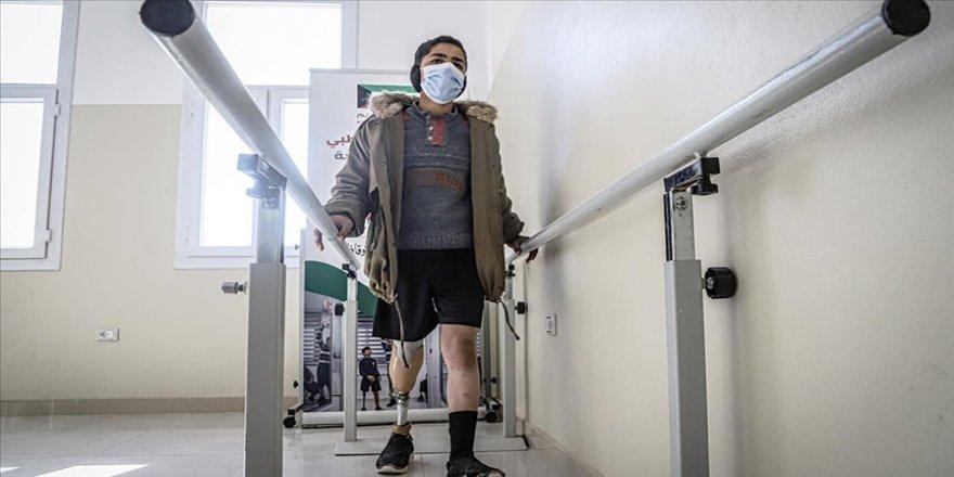 AID İdlib'te açtığı protez merkeziyle savaş mağdurlarına umut oluyor