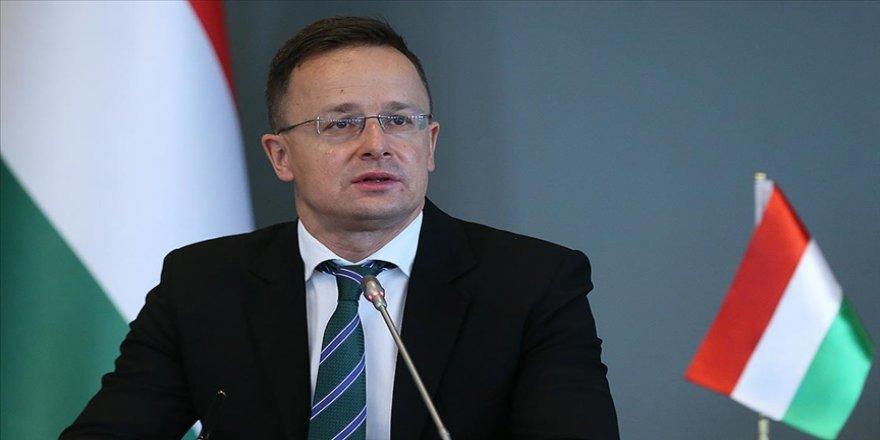Macaristan Dışişleri Bakanı Szijjarto: AB Türkiye'ye söz verdiği 6 milyar avroyu ödemeli