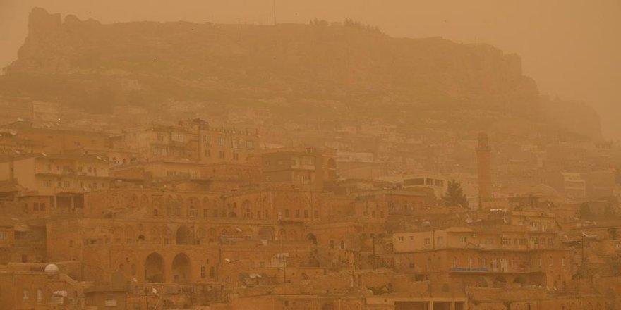Güneydoğu Anadolu'da öğle saatlerinden itibaren 'toz taşınımı' bekleniyor