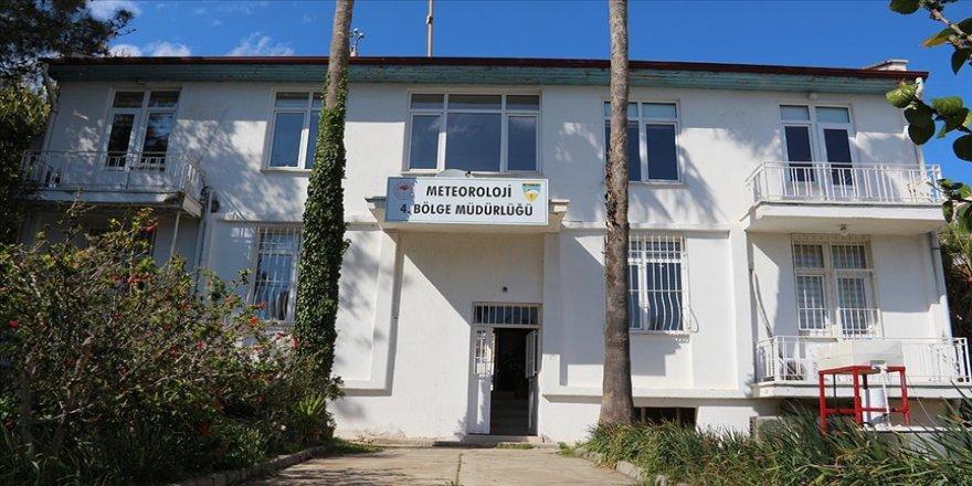 Antalya'da kurulu meteoroloji istasyonu 92 yıldır kentin havasından haber veriyor