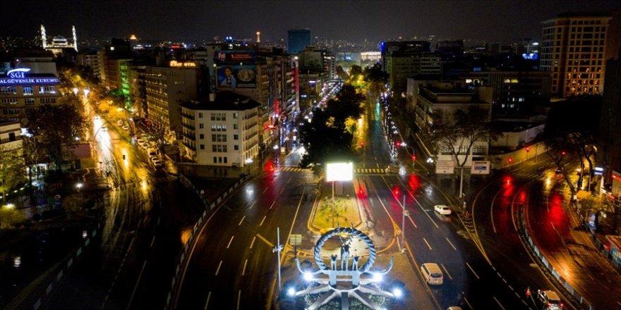 Başkentte AK Parti'nin 7. Olağan Büyük Kongresi dolayısıyla yarın bazı yollar trafiğe kapatılacak