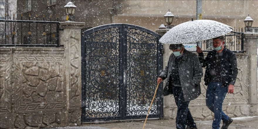 Marmara Bölgesi'nde aralıklı ve karla karışık yağmur bekleniyor