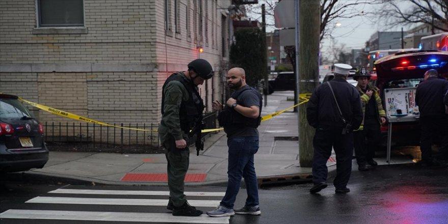 ABD'nin Atlanta şehrinde üzerindeki 5 silahla markete giren kişi korkuya neden oldu