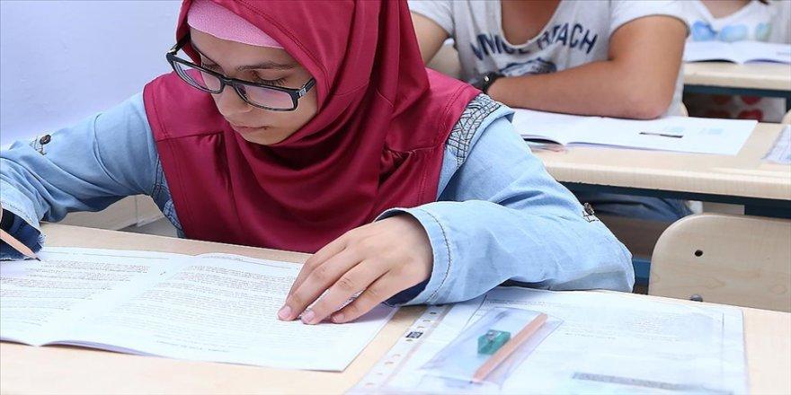 Yunus Emre Enstitüsünün 'Türkçe Yeterlik Sınavı' başvuruları 29 Mart'ta başlayacak