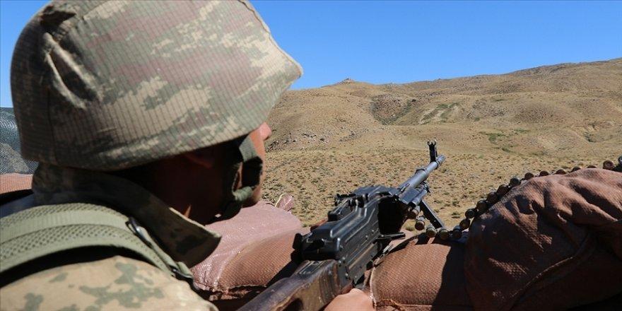 Barış Pınarı bölgesine sızma girişiminde bulunan 5 PKK/YPG'li terörist etkisiz hale getirildi