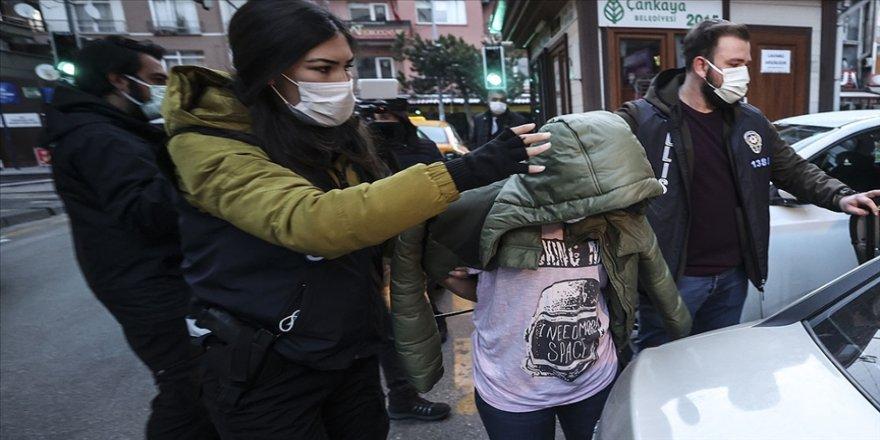 Ankara merkezli 3 ilde gasp çetesine yönelik 'Yarasa Kız Operasyonu'nda 115 zanlı yakalandı