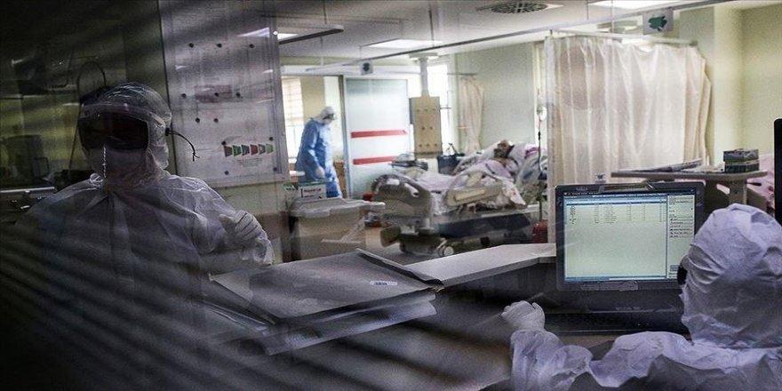 Türkiye'de son 24 saatte 29 bin 81 kişinin testi pozitif çıktı, 153 kişi hayatını kaybetti