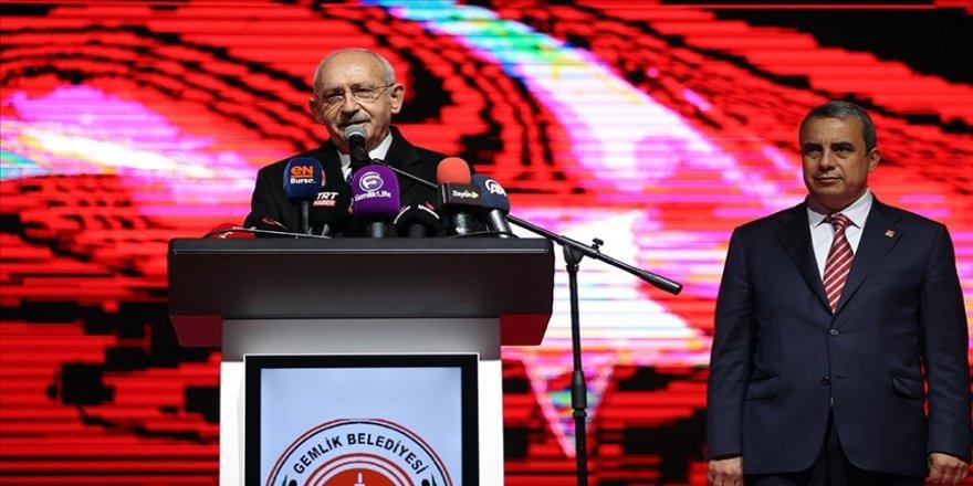 CHP Genel Başkanı Kılıçdaroğlu 2023 seçimlerinde ilk kez sandığa gidecek gençlere işaret etti