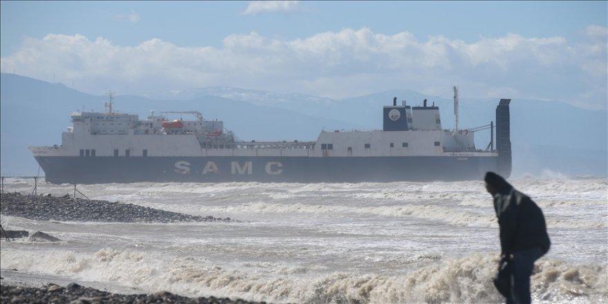 İskenderun Körfezi'nde karaya oturan hacizli gemi yeniden körfeze çekilecek