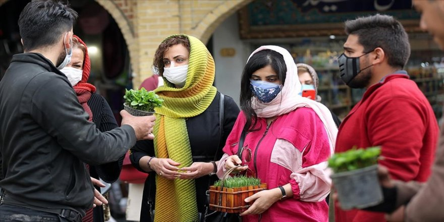Nevruz bayramı yolculukları İran'da Kovid-19 vakalarının artmasına neden oldu
