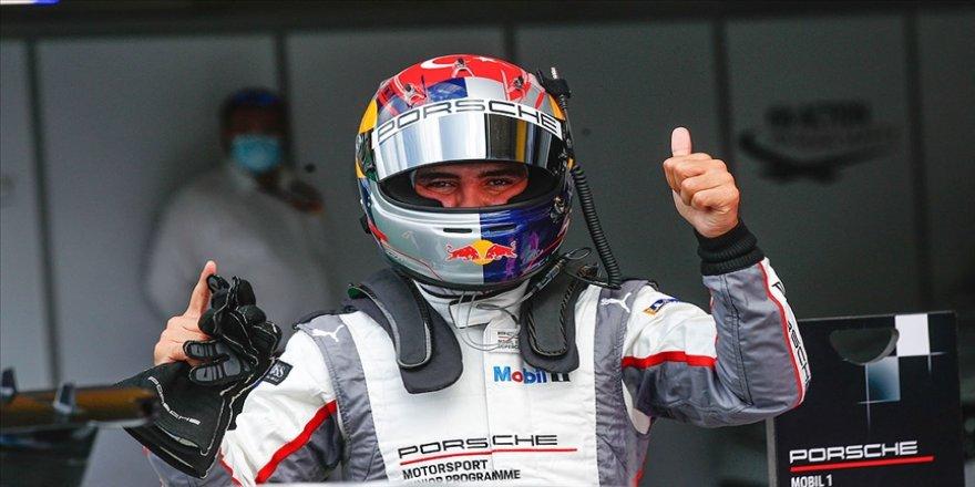 Milli otomobil yarışçısı Ayhancan Güven Bahreyn'deki ikinci yarışını da kazandı